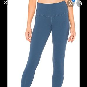 ALO yoga Airbrush leggings High rise